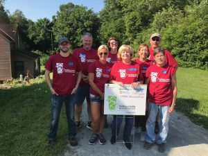 Brentwood Bank teamwork helps an Elizabeth-area veteran at the July 2019 Rebuilding Together Pittsburgh project.